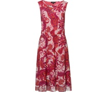 Kleid, leicht tailliert,