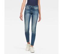 Mid-Skinny Jeans