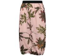 Trend on point bell skirt
