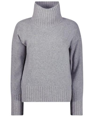 Posh jumper