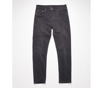 River Used Blk Slim tapered jeans