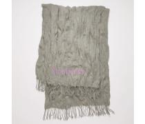 Crinkled wool scarf