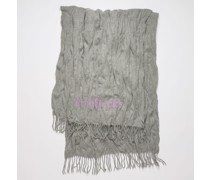 Crinkled wool scarf