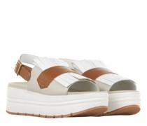 Sandaletten 'Ester' mit Haferlasche und Plateausohle