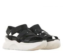 Sandaletten mit Plateausohle