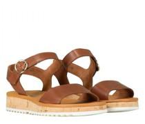 Sandale mit markanter Sohle