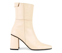 Pointed Square Basic Stiefel