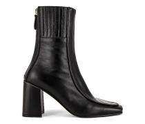 Piping Patterned Stiefel