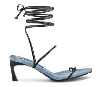 Odd Pair Sandale