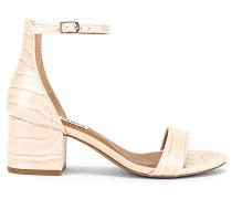 Ireene Sandale