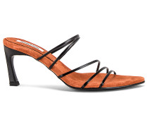 5 Strings Pointed Sandale