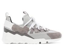Suede Trek Comet Low-Top Sneaker