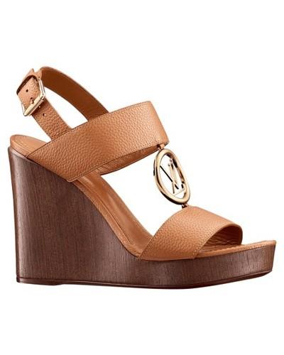 Vedette Sandale mit Keilabsatz