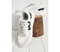 Wave White Black Trainers