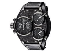 Herren-Armbanduhr  Triplo Black mit 3 Zeitzonen, schwarzem Edelstahl-Gehäuse und schwarzem breitem Unterleg-Armband. Sehr große und wasserdichte Quarz Herren-Uhr mit schwarzem Zifferblatt.