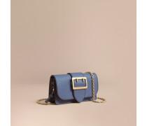 The Mini Buckle Bag aus genarbtem Leder