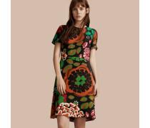Seidenkleid in A-Linie mit floralem Druckmotiv