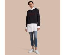 Sweatshirt aus einer Baumwolljersey-Mischung mit Stickerei
