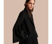 Körperbetonter Mantel aus Wolle und Kaschmir mit Glockenärmeln