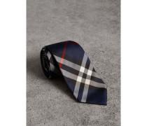Modern geschnittene Krawatte aus Seidentwill mit Karomuster