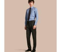 Modern geschnittene Hose aus englischer Wolle