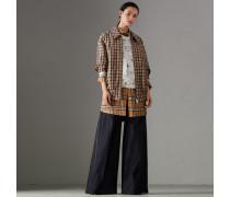 Jeans aus japanischem Stretchdenim mit weiter Beinpartie
