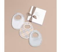 Dreiteiliges Baby-Geschenkset mit Lätzchen aus Baumwolle in Check