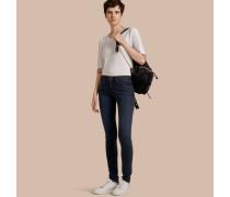 Sehr eng geschnittene Jeans aus Power-Stretch