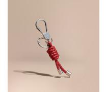 Schlüsselanhänger mit Knoten aus geflochtener Kordel