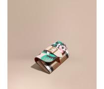 Brieftasche im Kontinentalformat in House Check mit floralem Muster