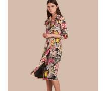 Kleid aus Seidengeorgette mit floralem Muster und Rüschendetail