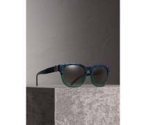 Sonnenbrille mit eckigem Gestell und Schnallendetail