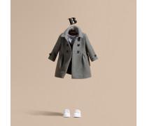 Körperbetonter Mantel Aus Einer Mischung Aus Wolle Und Kaschmir