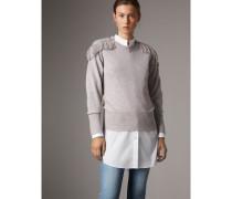 Pullover aus Wolle und Kaschmir mit Litze im Military-Stil