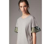 T-Shirt aus Baumwolle mit Karodetail und ausgestellten Ärmeln