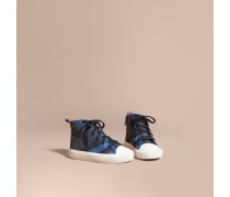 Hohe Sportschuhe mit Canvas Check-Muster