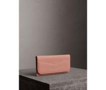 Brieftasche im Briefumschlagdesign aus Trench-Leder