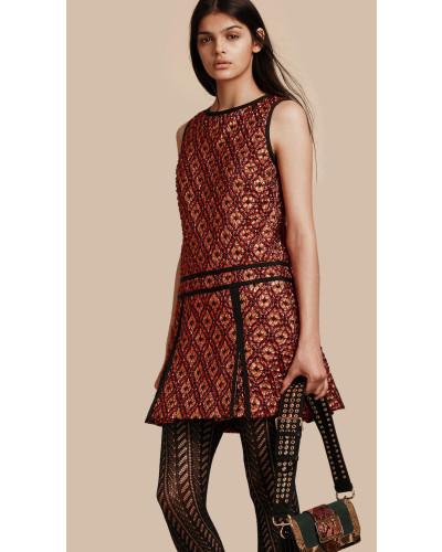 burberry damen rmelloses kleid aus jacquardgewebe mit. Black Bedroom Furniture Sets. Home Design Ideas