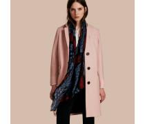 Körperbetonter Mantel Aus Gekochter Wolle