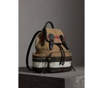 The Medium Rucksack in Canvas Check mit Lederbesätzen