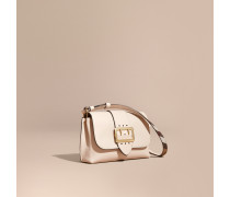 The Buckle Crossbody Bag aus Leder