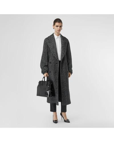 Zweireihiger Mantel aus Wolle und Seide