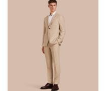 Modern geschnittener Travel Tailoring-Anzug aus Leinen