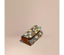 Brieftasche im Kontinentalformat in Haymarket Check mit Pfingstrosenmotiv und Natternlederapplikation