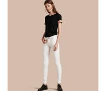 Eng geschnittene Jeans mit niedriger Leibhöhe in Weiß
