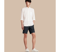 Körperbetonte Shorts aus Leinen und Baumwolle