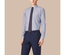 Modern geschnittenes, gestreiftes Hemd aus Baumwollpopelin