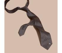 Modern Geschnittene Krawatte Aus Gemusterter Seide