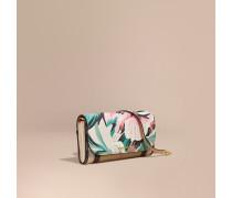 Brieftasche aus House Check-Gewebe mit Pfingstrosenmotiv und Kettendetail