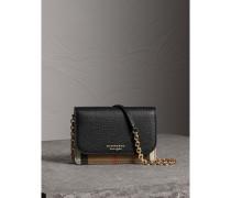 Brieftasche aus Leder und House Check-Gewebe mit abnehmbarem Riemen